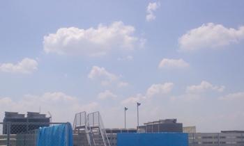 100901_1106屋上の空.jpg