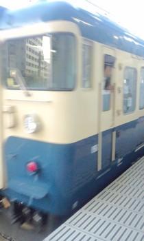 ボケボケの臨時列車.JPG